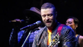 Justin Timberlake - Say Something - Man of The Woods Tour Boston 4/4/18