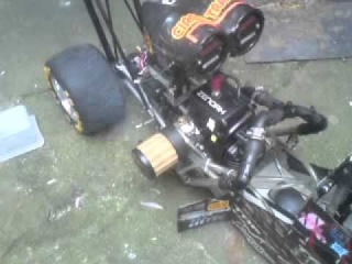 1/4 scale run test top fuel dragster RC