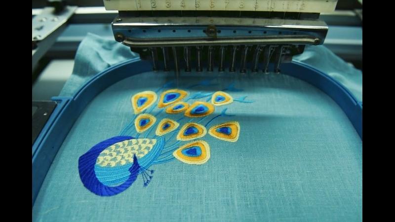 Процесс создания вышивки Серия столового белья Павлины