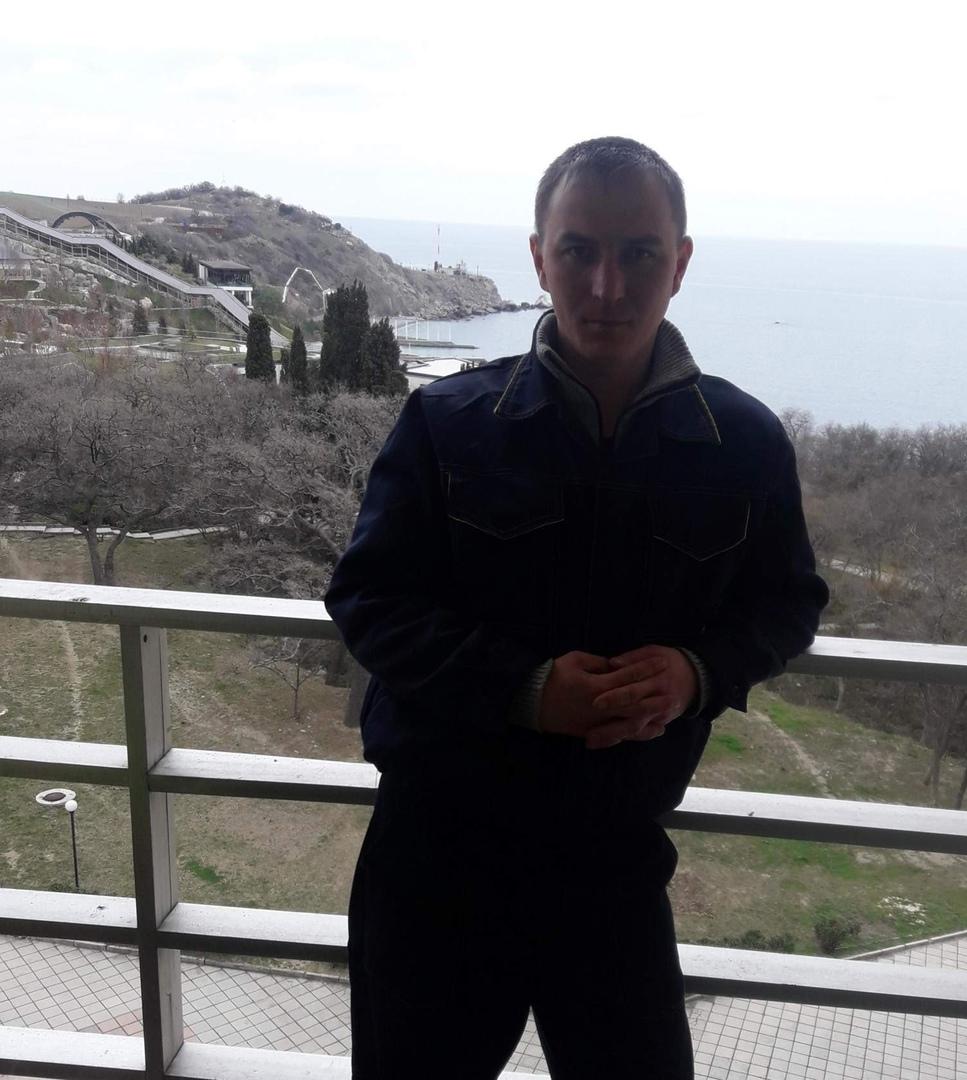 Пропал Матуров Дамир. По последним данным находился 11 сентября в районе 5 утра у метро Котельники. ...