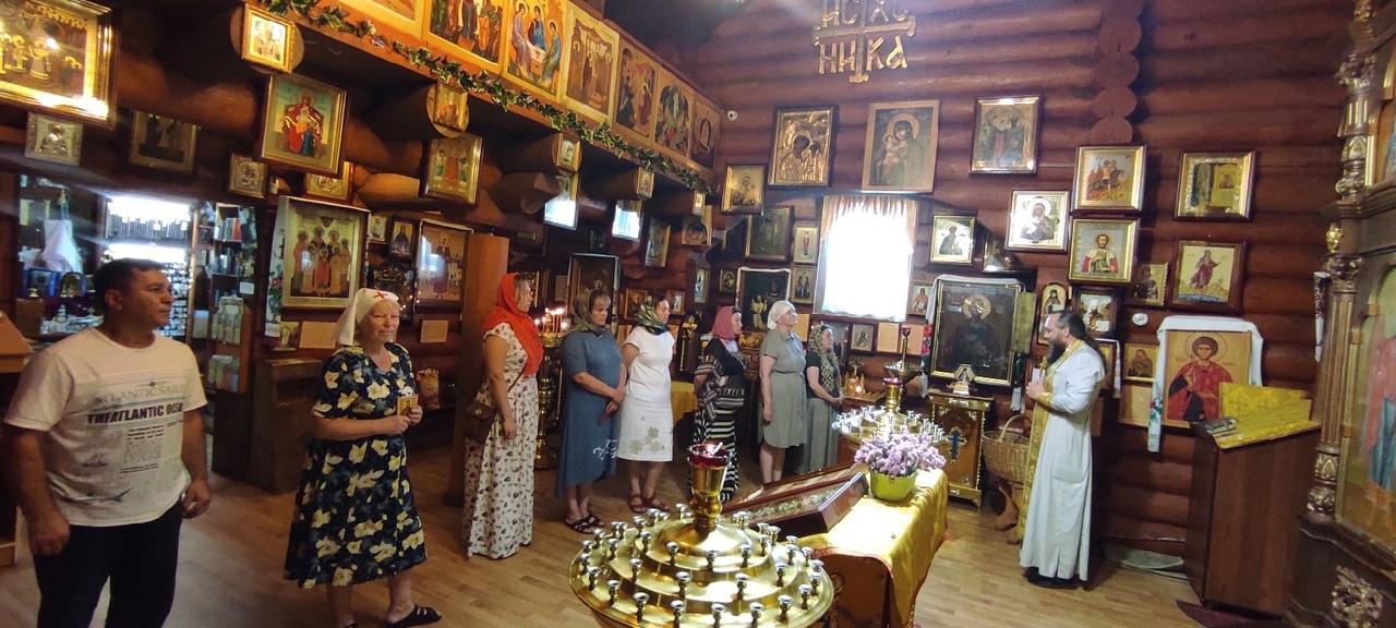 Настоятель храма Святого Равноапостольного князя Владимира о.