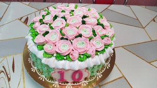 Торт Иней Корзина с розовыми розами