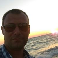 Max  Frolov